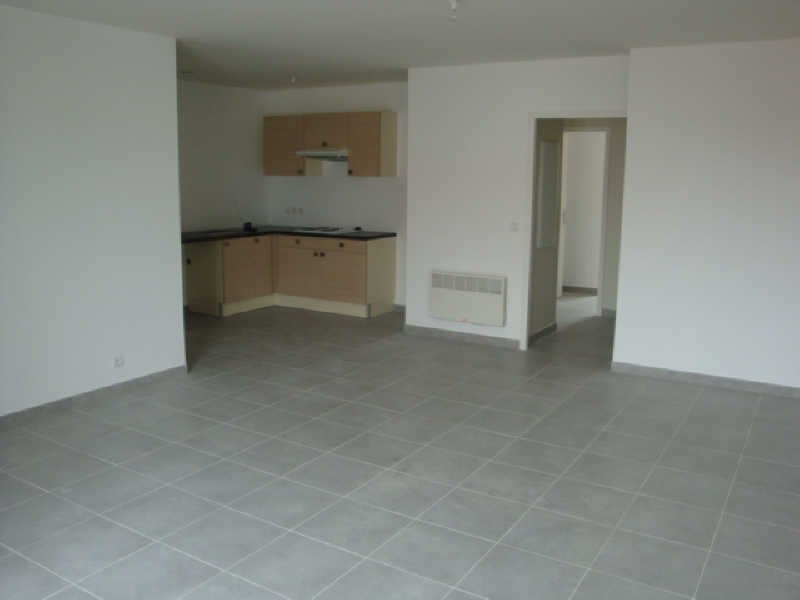 Rental apartment Saleilles 730€ CC - Picture 1