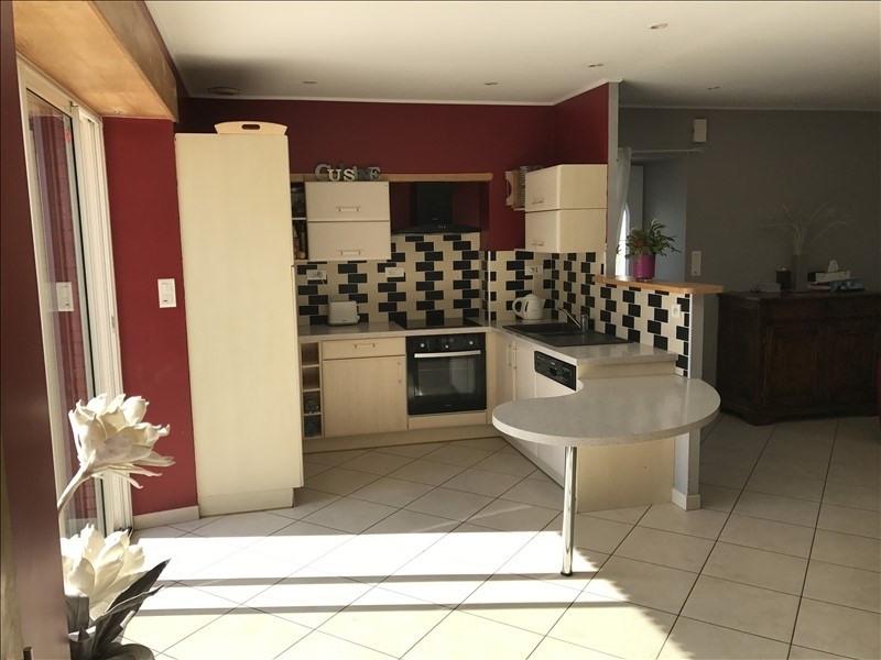 Vente maison / villa Roussay 149800€ - Photo 2