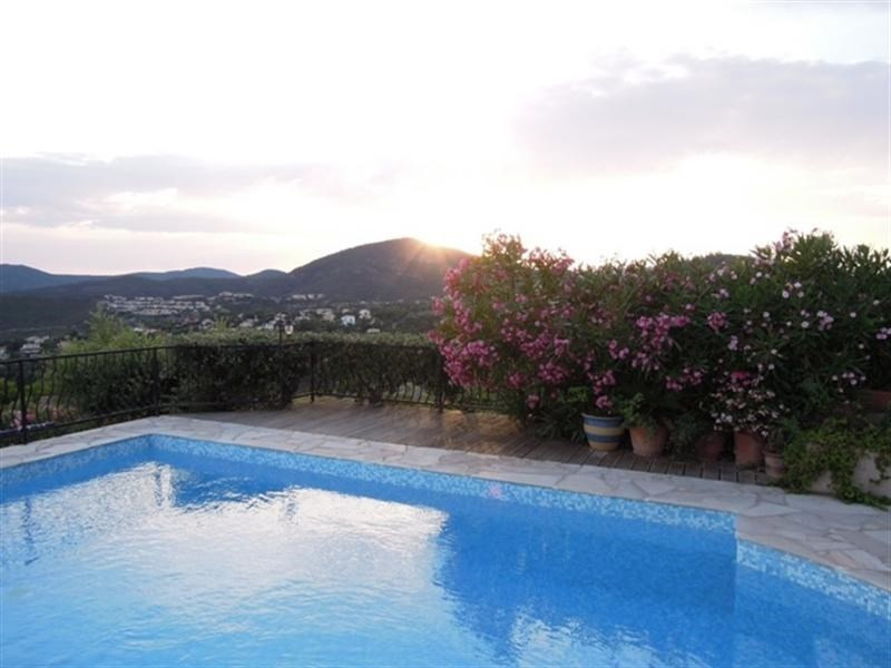 Vacation rental house / villa Les issambres 2750€ - Picture 6