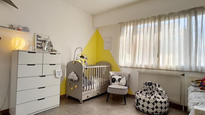 Sale apartment Grenoble 298000€ - Picture 2
