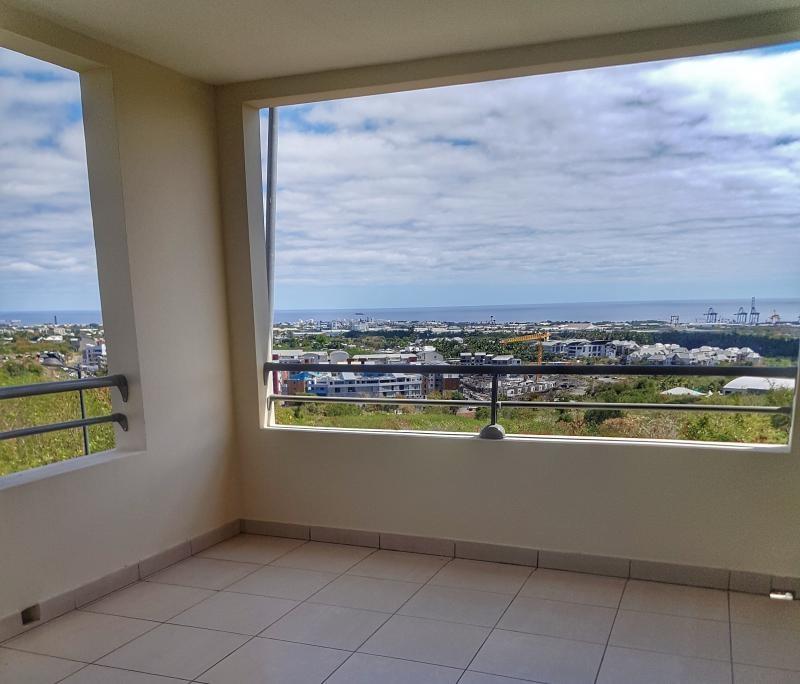 Sale apartment La possession 211000€ - Picture 1