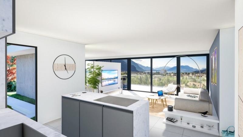 Attique de 140 m² vue lac et montagnes