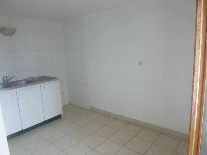 Rental apartment Ballancourt 658€ CC - Picture 4