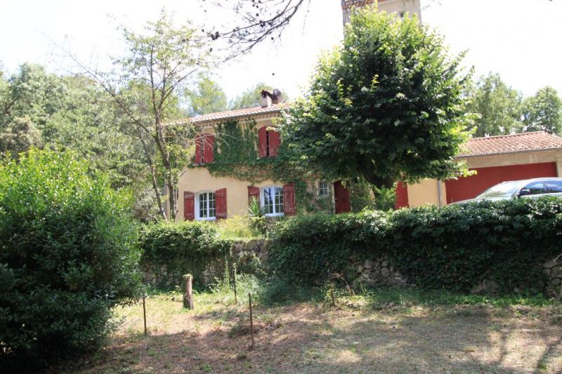 Deluxe sale house / villa Jouques 598500€ - Picture 2