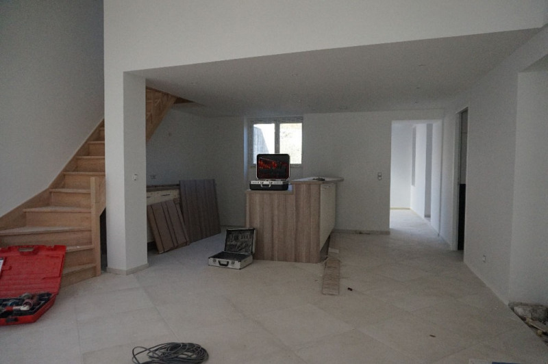 Vente appartement Le luc 200 000€ - Photo 2