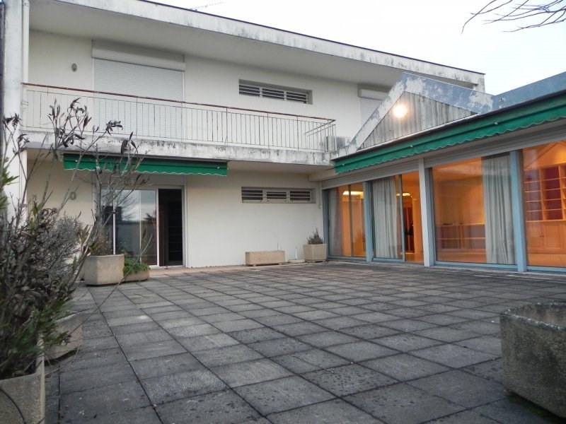 Agen - immeuble comprenant 3 appartements