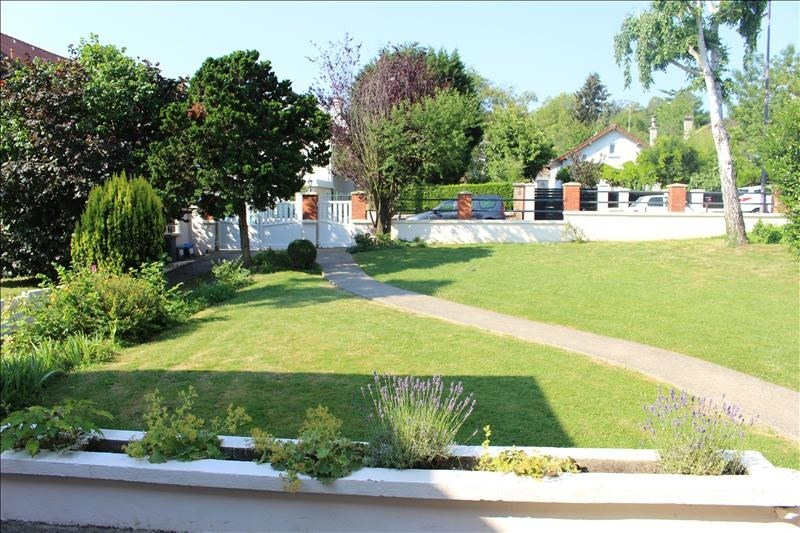 Vente de prestige maison / villa Marly-le-roi 940000€ - Photo 2