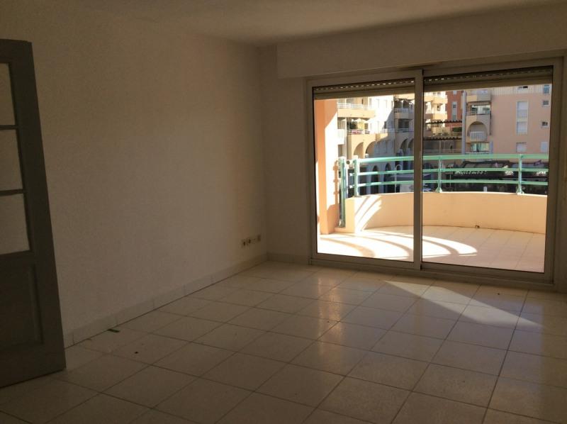 Rental apartment Fréjus 805€ CC - Picture 4