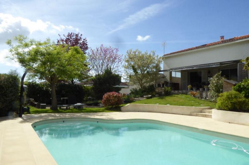 Deluxe sale house / villa Perigny 693000€ - Picture 2