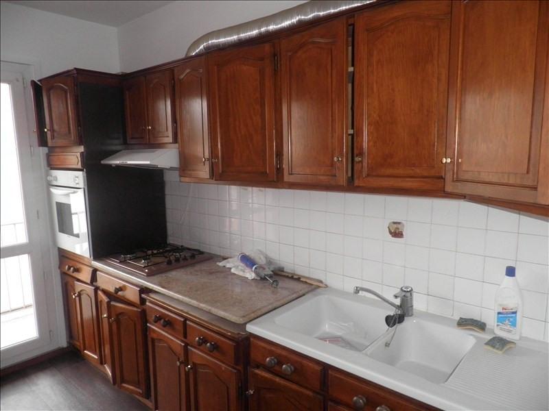 Location appartement Le puy en velay 596,79€ CC - Photo 4
