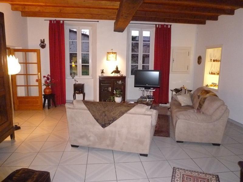 Sale house / villa Chérac 390000€ - Picture 2
