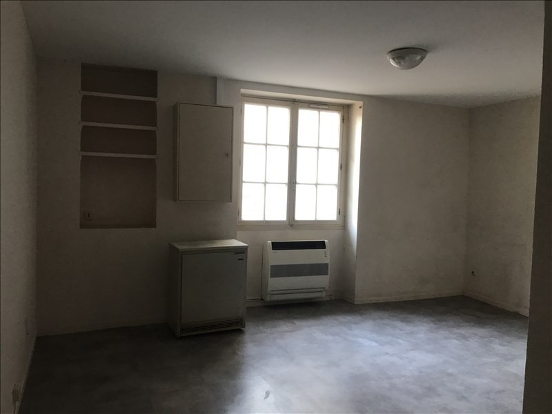 Location appartement Nimes 782€ CC - Photo 2