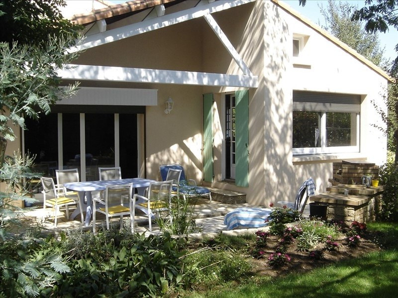 Sale house / villa Chauray 362 900€ - Picture 1