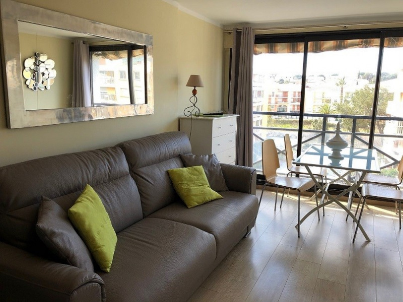 Short-term rental apartment Sainte-maxime 2 000€ - Picture 8