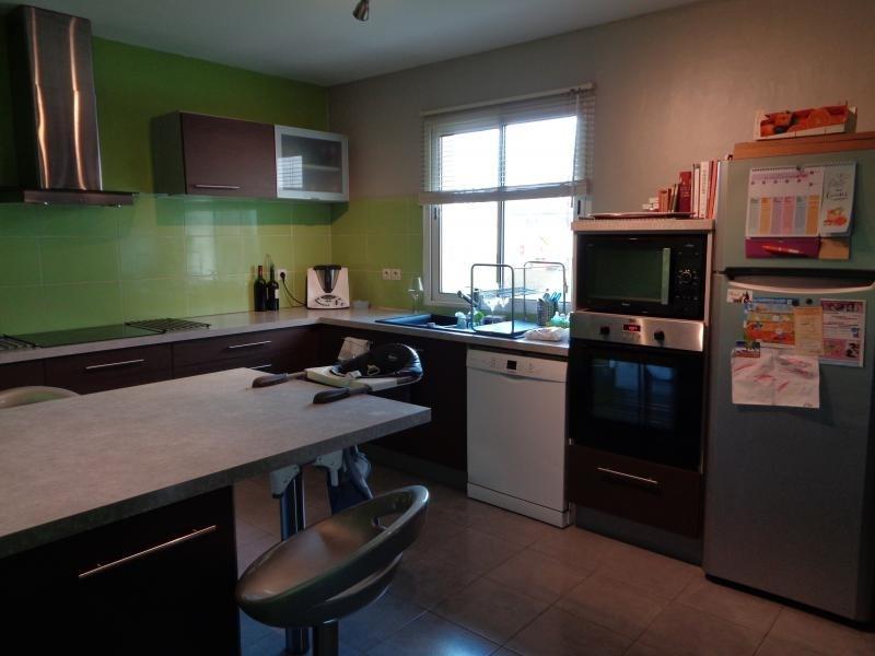 Sale house / villa St andre de cubzac 307000€ - Picture 5