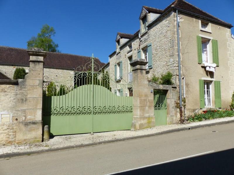 Vente maison / villa Stigny 240000€ - Photo 3