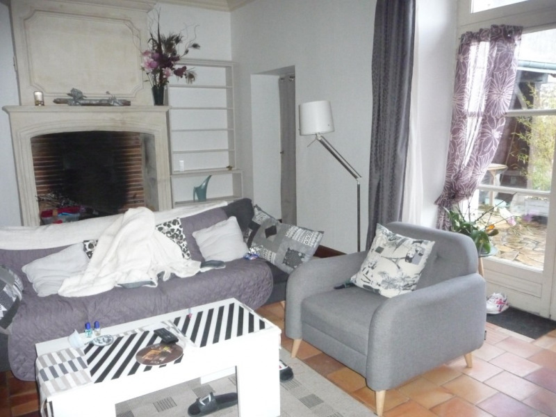 Location maison / villa Montoire sur le loir 615€ CC - Photo 2