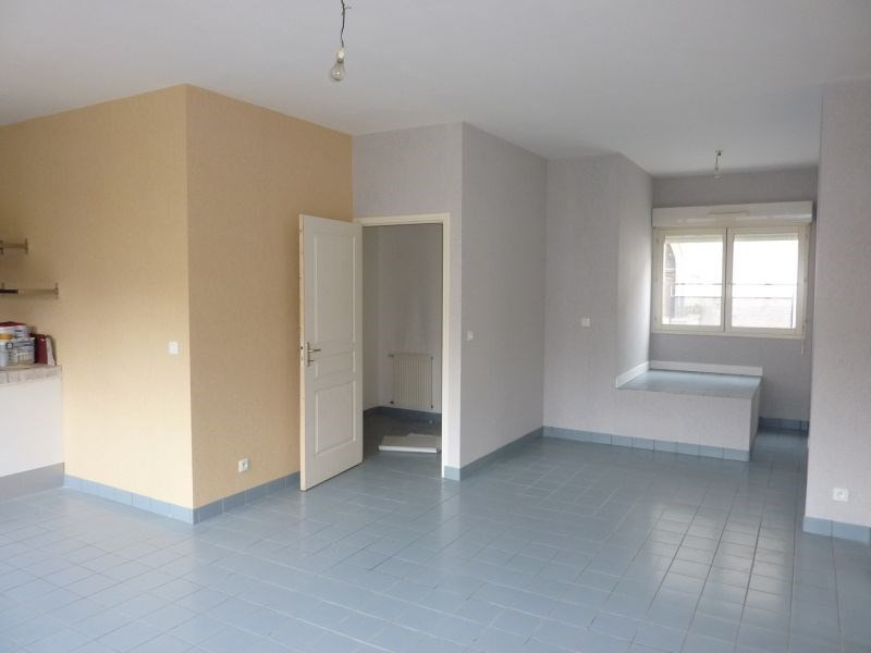 Rental apartment Pontivy 484€ CC - Picture 2