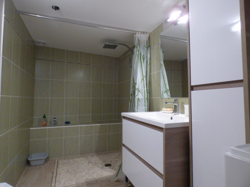 Sale house / villa Laplume 69900€ - Picture 5