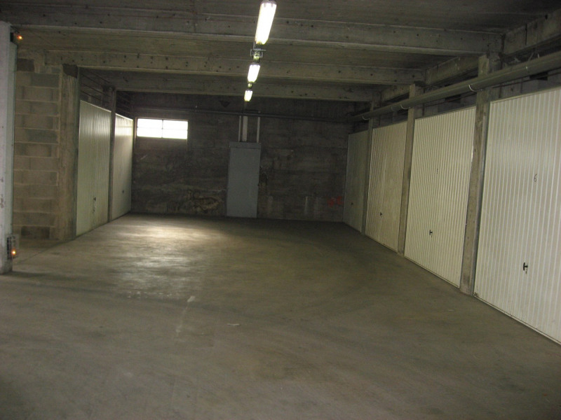 Rental parking spaces Oullins 78€ CC - Picture 1