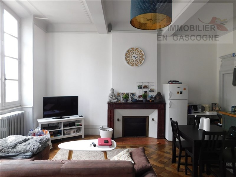 Verhuren  appartement Auch 545€ CC - Foto 1