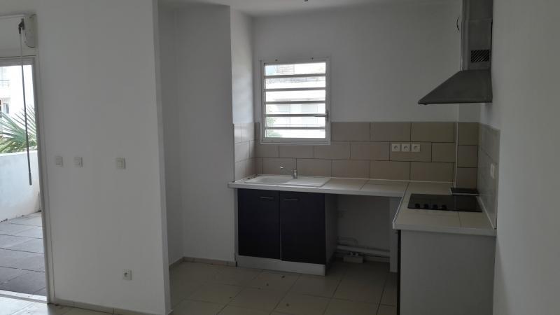 Sale apartment St paul 156811€ - Picture 4