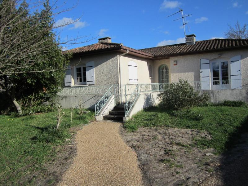 Location maison / villa Villenave-d'ornon 939€ CC - Photo 2