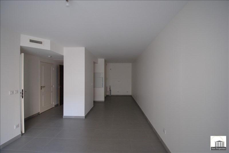 Sale apartment Cannes 228000€ - Picture 1