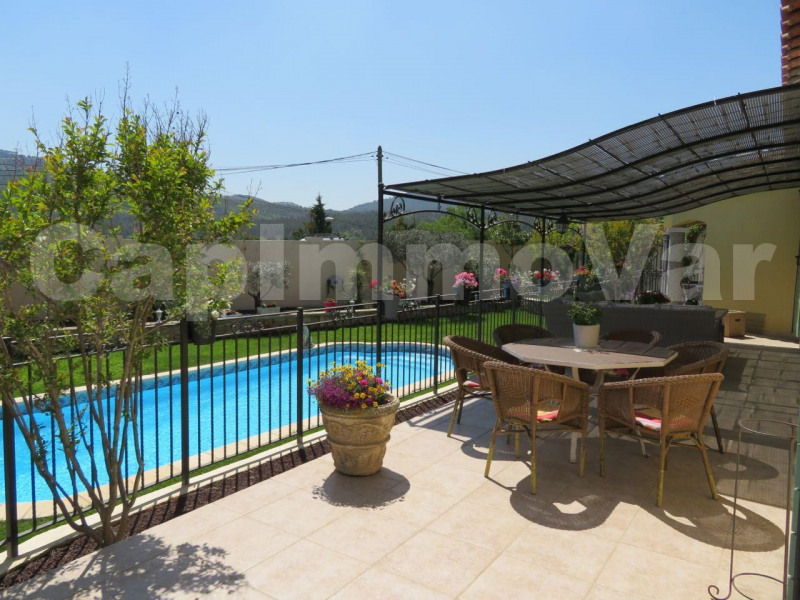 Deluxe sale house / villa Cuges-les-pins 629 000€ - Picture 1