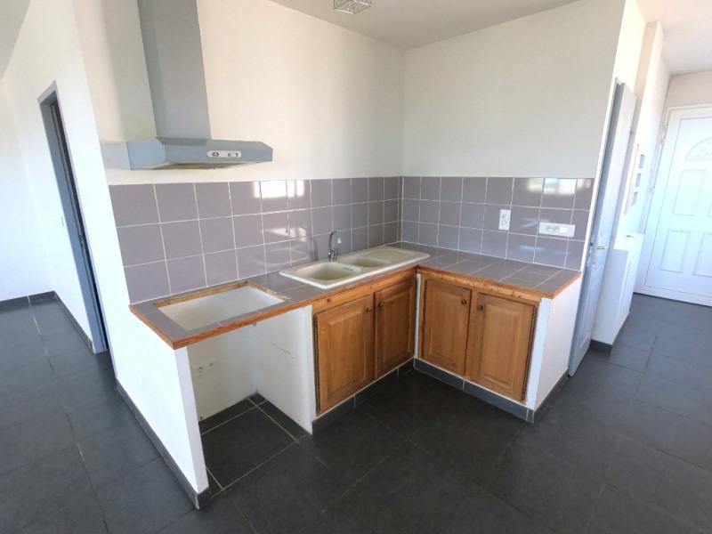 Location appartement Les milles 990€ CC - Photo 1
