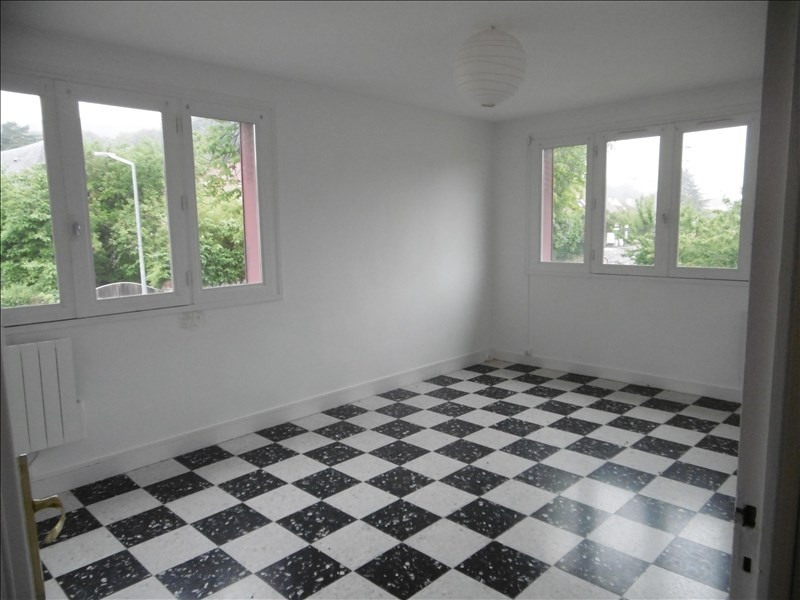 Location appartement Gif sur yvette 755€ CC - Photo 2