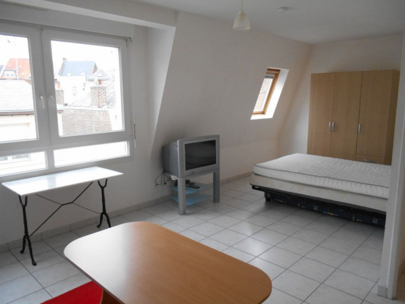 Rental apartment Saint quentin 380€ CC - Picture 3