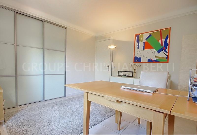 Deluxe sale house / villa Mandelieu la napoule 995000€ - Picture 11