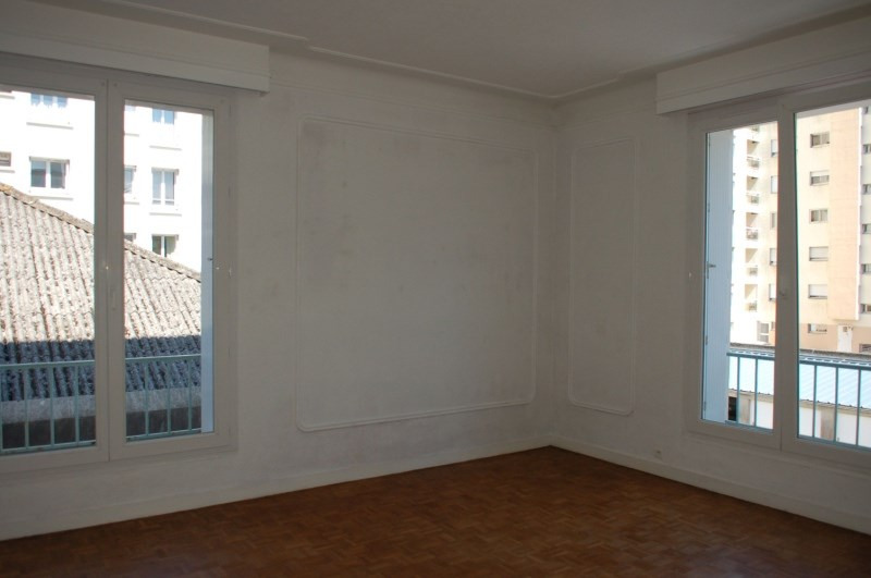 Rental apartment Brest 1 030€ CC - Picture 3