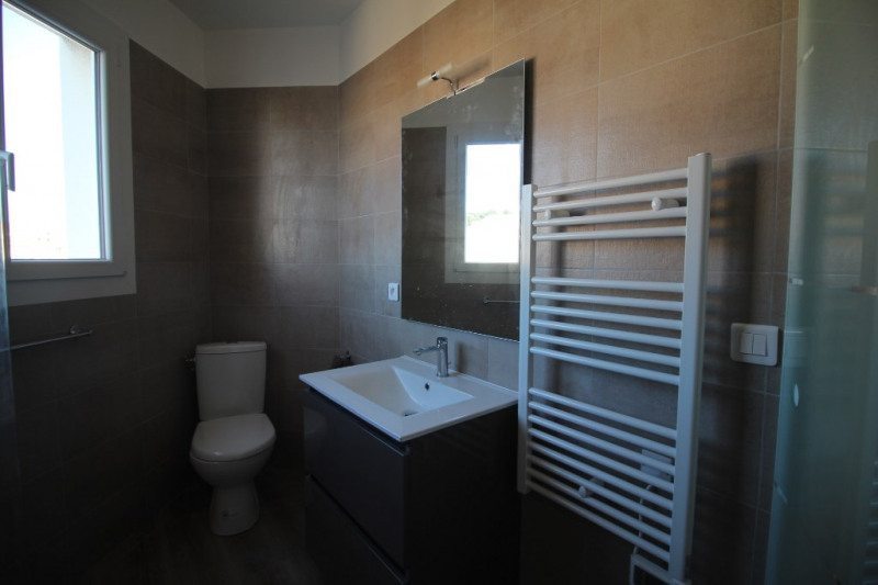 Rental apartment Nice 850€ CC - Picture 2