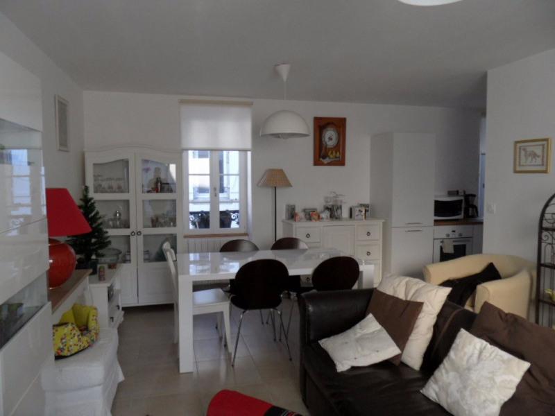 Sale apartment Locmariaquer 248850€ - Picture 2