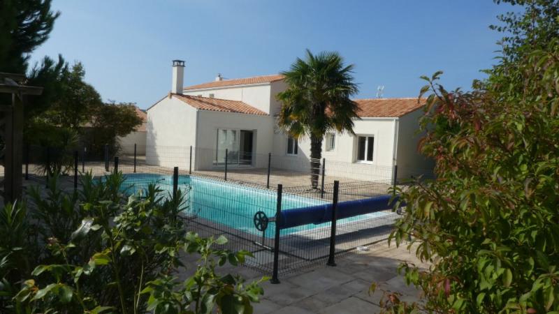 Deluxe sale house / villa La rochelle 608000€ - Picture 2