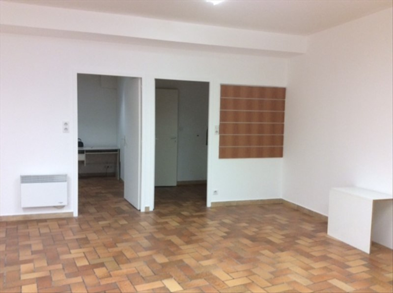 Location local commercial St laurent sur sevre 420€ HT/HC - Photo 3