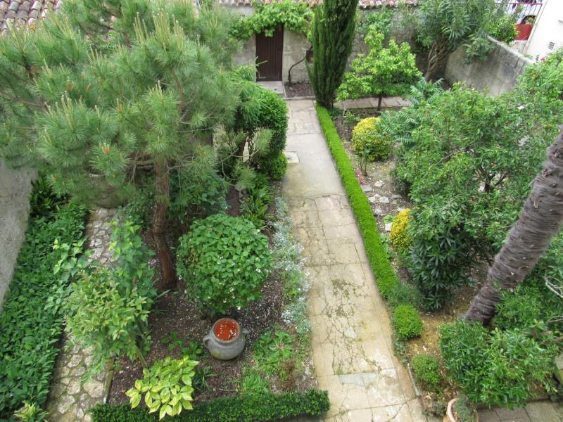 Sale house / villa Saint jean d4angely 127500€ - Picture 2
