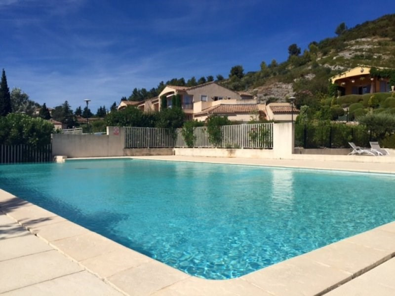 Sale house / villa Villeneuve les avignon 318000€ - Picture 2