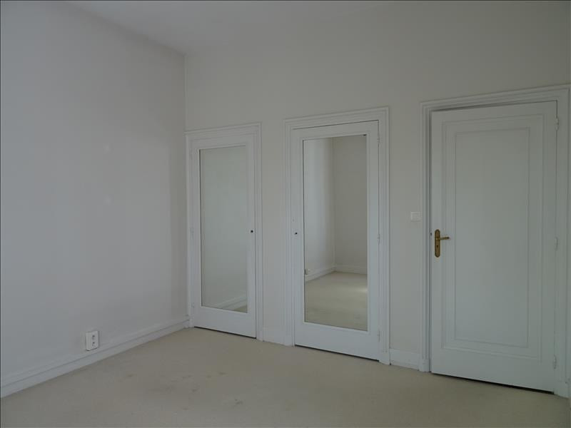 Rental house / villa Riorges 900€ CC - Picture 6