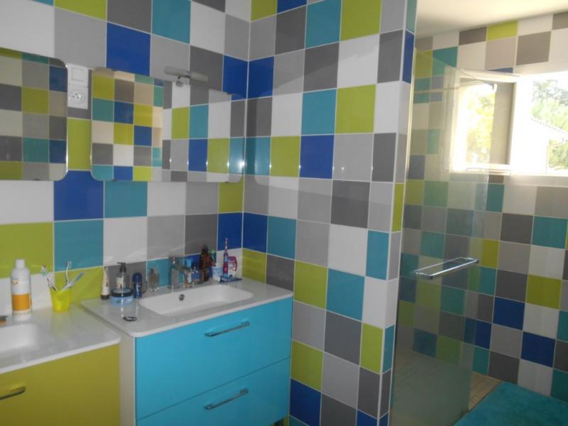 Sale house / villa La brede 389000€ - Picture 5