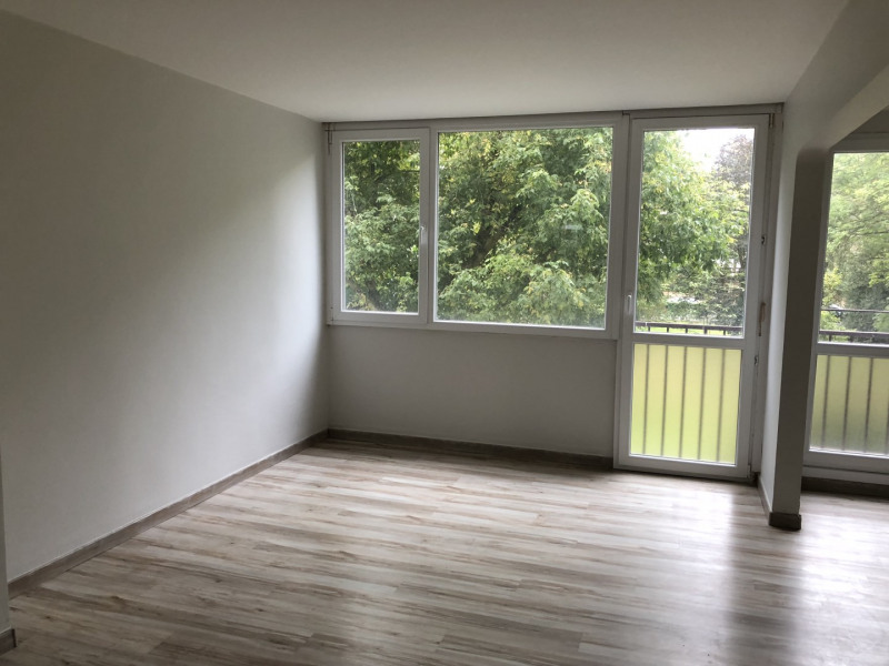 Sale apartment Lille 111 000€ - Picture 2