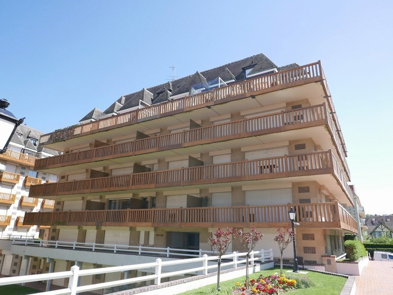 Sale apartment Deauville 140 400€ - Picture 2