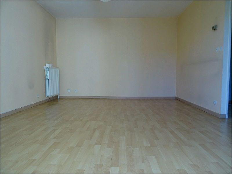 Rental apartment Savigny sur orge 854€ CC - Picture 2