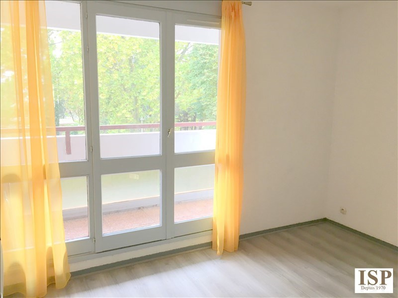 Rental apartment Aix en provence 568€ CC - Picture 1