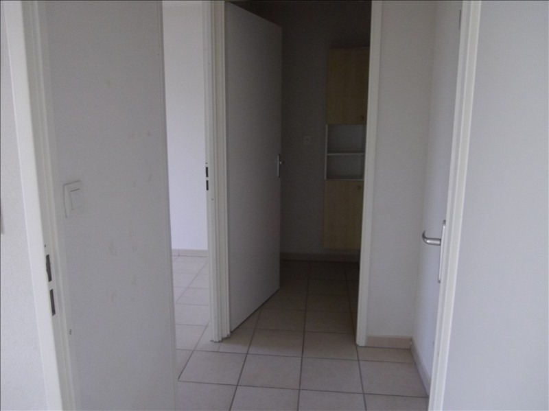 Rental apartment Vendome 460€ CC - Picture 10
