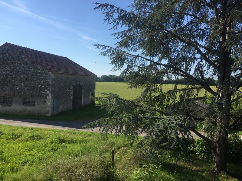 Vente maison / villa Civaux 106500€ - Photo 4