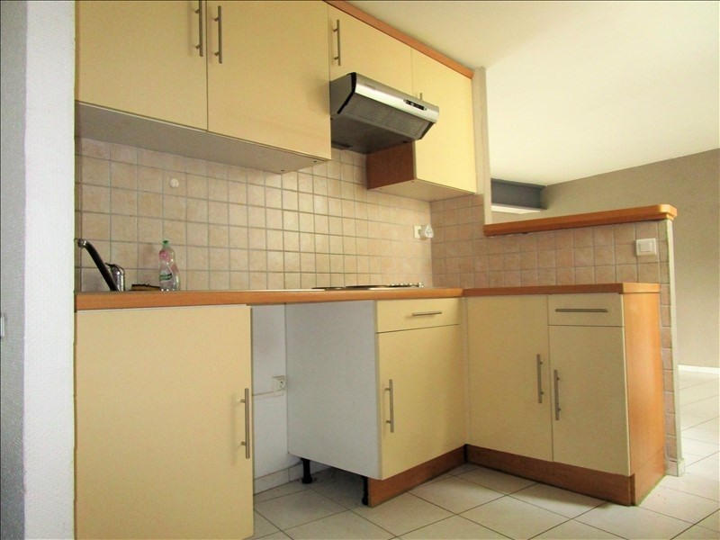 Rental apartment Tarbes 480€ CC - Picture 2