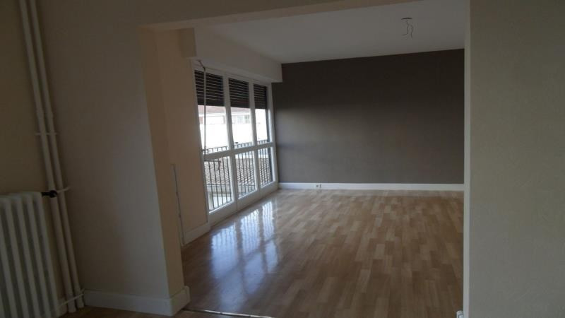 Location appartement Troyes 598€ CC - Photo 3
